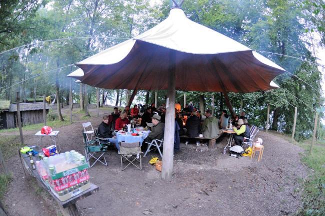 Sådan lejren på afstand