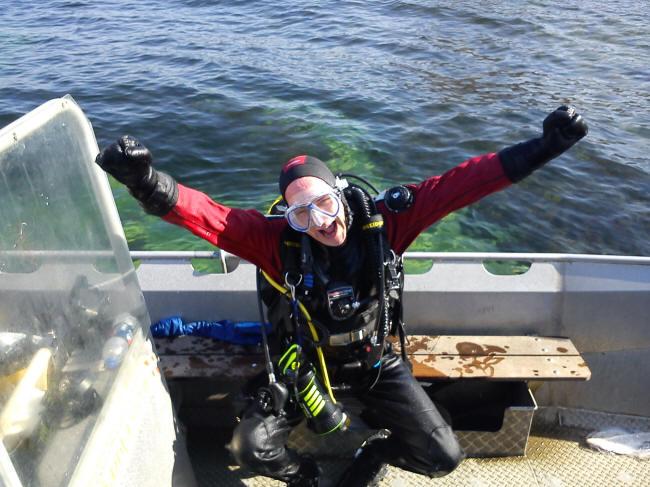 Glad dykker