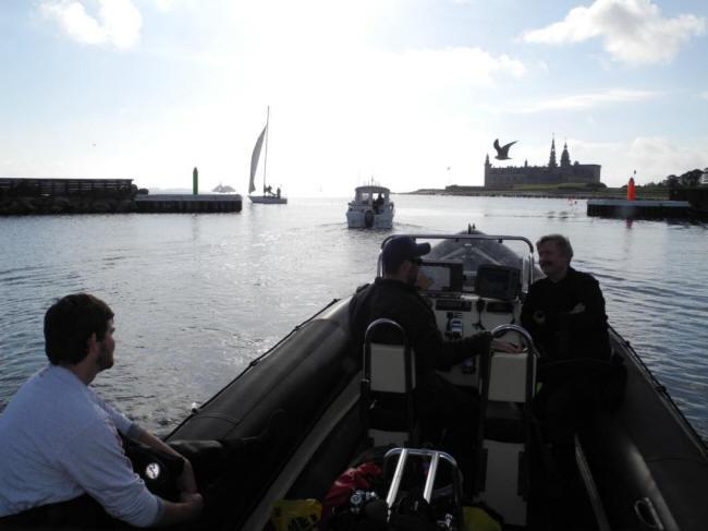 Ud af havnen
