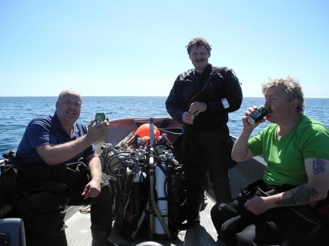 Glad besætning